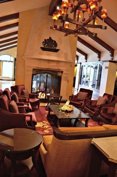 Lobby relaxation ~ Getaway to The Meritage in Napa!