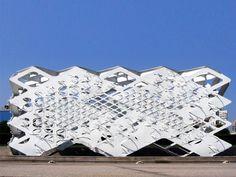 Elena Manferdini SCI-Arc facade