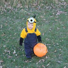 Homemade Minion Costume by Zak & Wendy