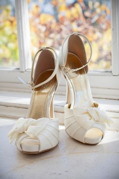 Gold + Ivory #Bridal Shoes! | Evan Chung Photography | See more of this #RealWedding on @WeddingWire http://www.weddingwire.com/wedding-photos/real-weddings/modern-california-vineyard-wedding/i/fb33e310ed76e590-c70a3c9616952eb8/aeb491ebbb67a4f8