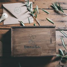 Entrega – Packaging – Álbumes Photography Packaging, Product Photography, Newborn Studio, Photo Boxes, Photo Packages, Photo On Wood, Packaging Design, Packaging Ideas, Wooden Boxes