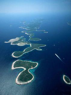 We got stranded at sea near these islands! Adriatic sea, Croatia