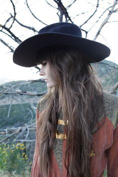 ioncewasaunicorn:  Kelley Ash by Magda Wosenski