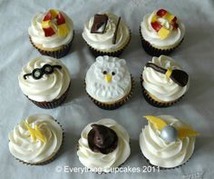 Harry Potter Cupcakes from Everything Cupcake (http://www.facebook.com/Everythingcupcakes1/photos)