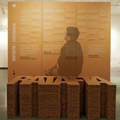 Stand de carton para Ratafia by cartonLAB
