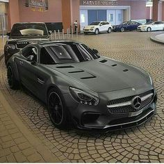 Blacked at matte Mercedes