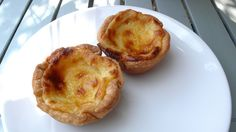 Portuguese recipe: Pasteis de Nata, custard tarts.
