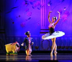 You can audition to dance side-by-side with the pros! Go to www.nutcracker.com/youth-auditions to find an audition near you!