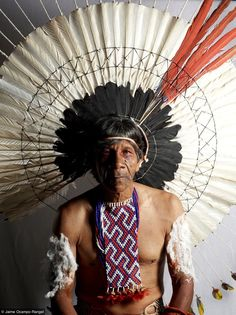 karaja natives of brazil - Yahoo Image Search Results We Are The World, People Around The World, Amazon People, Xingu, Indigenous Tribes, Tribal People, Indian Tribes, North And South America, First Nations