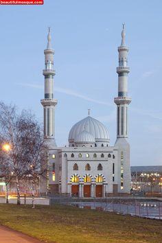Essalam-Mosque-in-Rotterdam-Netherlands