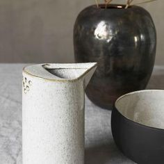 A multiuse beautiful jug, sand coloured stoneware. Perfect for adding a little something extra to your breakfast table, use as a little vase or just sitting, looking pretty on a shelf. Rustic Mugs, Rustic Bowls, Rustic Cake, Rustic Dinner Plates, Green Dinner Plates, Breakfast Cups, Natural Kitchen, Glass Water Bottle, House Doctor