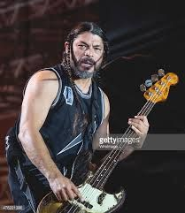 I'm gonna give rob some love too 💕 Robert Trujillo, Photo Logo, Best Rock, Metallica, Heavy Metal, My Music, Jon Snow, Actors, Amazing