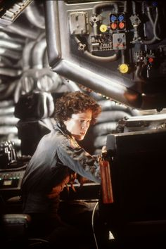A gallery of Alien publicity stills and other photos. Featuring Sigourney Weaver, John Hurt, Ian Holm, Tom Skerritt and others. Alien Movie 1979, Aliens Movie, Scary Movies, Great Movies, Alien Ripley, Saga, Aliens 1986, Giger Alien, Sci Fi Thriller