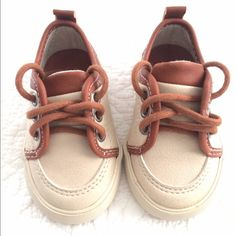 Zara baby shoes Zara baby shoes size Euro 19 New without tags Zara Shoes Sneakers