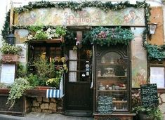For when I own a store in Italy or Paris :) cute bakery