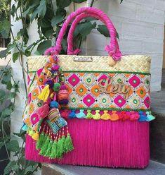 Crochet Tote, Crochet Purses, Handmade Handbags, Handmade Bags, Bohemian Interior Design, Diy Purse, Boho Bags, Wallet Pattern, Tribal Fashion
