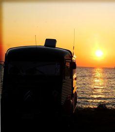 IBIZA LOVE TRUCK SUNSETS