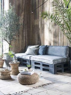 Balcony Garden, Sofa Design, Pallet Bank, Pallet Lounge, Pallet Sofa, Garden Furniture, Outdoor Furniture Sets, Outdoor Decor, Outdoor Sectional