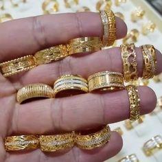 Dm for credit . Gold Ring Designs, Gold Earrings Designs, Gold Jewellery Design, Gold Rings Jewelry, Jewelery, Bridal Rings, Wedding Jewelry, Bridal Jewellery Inspiration, Gold Finger Rings