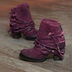 Women Plus Size Winter Warm Rear Zipper Chunky Heel Short Boots is hot-sale. Come to NewChic to buy womens boots online. Boots For Short Women, Short Boots, Purple Boots, Brown Boots, Chunky Heel Pumps, Pumps Heels, Combat Boots Shorts, Casual Boots, Women's Casual