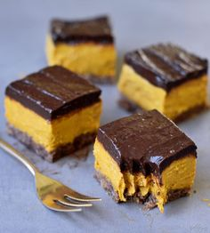 Healthy no bake pumpkin bars which are vegan, gluten-free, paleo-friendly, almost raw vegan, refined sugar-free and very easy to make