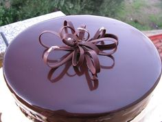 I Dolci di Pinella: Uno specchio di cioccolato Chocolate World, Chocolate Cake, French Patisserie, Modern Cakes, Frozen Cake, Buttercream Cake, Something Sweet, How To Make Cake, Cake Recipes