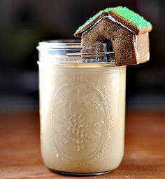 Chai with a Mini Gingerbread House Topper!  http://www.healthygreenkitchen.com/