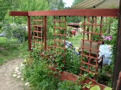 Trellis flip of the century-stil Arbors Trellis, Garden Trellis, Pergola Patio, Backyard, Summer House Garden, Country Home Exteriors, Privacy Screen Outdoor, Front Walkway, Garden Inspiration