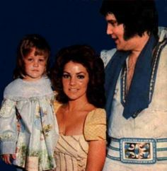 Elvis Presley's Family Members | Lovely Family - priscilla-presley-and-lisa-marie-presley Photo