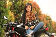 Image for foto pembalap cantik raya kitty terbaru