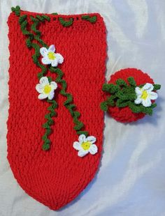 Crochet Baby Cocoon Newborn Photo Prop by RenegadesCreations, $40.00