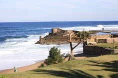 Take your car and cruise along the South African highways. Kwazulu Natal, Sun City, Countries Of The World, Beautiful Beaches, South Africa, Safari, Cruise, Road Trip, Scenery