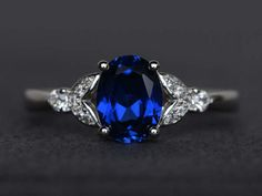sapphire ring oval cut blue sapphire engagement ring blue