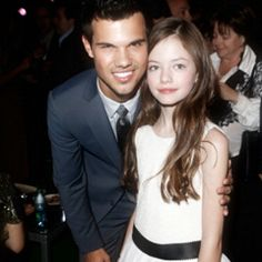 Taylor Lautner and Mackenzie Foy :)