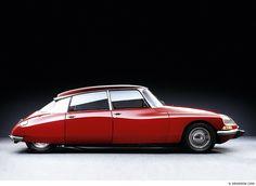 LA DÉESSE – DIE GÖTTIN · CITROËN DS 23, BJ. 1973 Der Citroën DS ist eine Designikone und mit seiner Hydro-Pneumatik ein Meilenstein der Automobilgeschichte. Photographer: Michel Zumbrunn (I drove a DS for 2 years end of the 80ties - my all time most loved own car!)