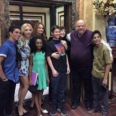 """Jessie"" Cast Together As They Wrapped On Their Season February 2015 New Disney Channel Shows, Disney Channel Stars, Disney Shows, Cast Of Jessie, Jessie Tv Show, Peyton List, Peyton Roi, Cameron Boyce Descendants, Karan Brar"