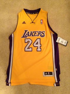 NWT KOBE BRYANT LOS ANGELES LAKERS ADIDAS JERSEY SEWN  YOUTH Sz  Large  2 RV$75