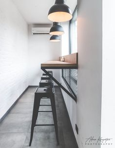 Realizacja wnętrz BERLIN KEBAB w Katowicach - architekt Bytom, Katowice Döner Restaurant, Small Restaurant Design, Small Cafe Design, Bistro Interior, Coffee Shop Interior Design, Office Interior Design, Rustic Coffee Shop, Coffee Shop Bar, Cafe Shop Design