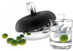 Your Source for high end Ice Cube Cooler at La Cuisine Appliances with the convenience of home delivery. Featuring the Eva Solo Stainless Steel Ice Cube Cooler; Bar Accessories, Kitchen Accessories, Kitchenaid, Cocktail Equipment, Ice Tongs, Design Bestseller, Cafetiere, Ideal Tools, Nordic Design