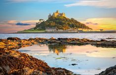 Saint Michael, St. Michael, Days Out In Cornwall, Cool Places To Visit, Places To Go, St Michael's Mount, Costa, Castles To Visit, Brighton