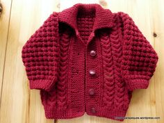 Jacket with buttons for babygirl 15 months old. Modelo - Tricotar para peques - Knitting for kids Knitting For Kids, Baby Knitting, Maria Jose, Knit Crochet, Men Sweater, Buttons, Sweaters, Jackets, Aurora