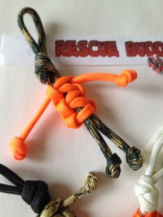 How to make a paracord person