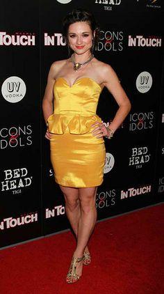 La La  La loveeeee this dress!