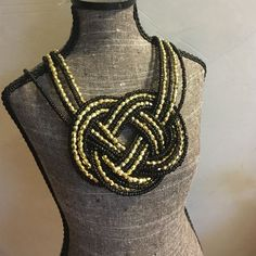 Nwt Gold And Black Beaded Necklace With Earrings