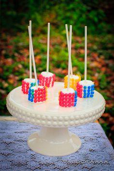 Candy Dot Marshmallow Pops #candydot #marshmallow