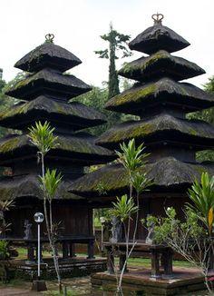 Amazing Pura Luhur Batikaru, I loved it! #bali #indonesia #temple #travel #wanderlust
