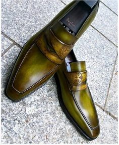 Leather Loafers Shoes Slip-On Dress Shoes Mens Leather Loafers, Loafers Men, Leather Boots, Mens Shoes Boots, Shoe Boots, Mens Fashion Shoes, Fashion Boots, Gentleman Shoes, Slip On Dress Shoes