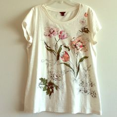 Ann Taylor floral T Soft cotton t with beautiful floral illustration graphic. EUC! Ann Taylor Tops Tees - Short Sleeve