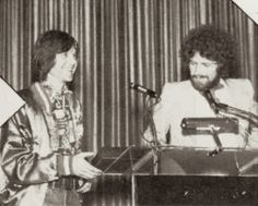 August Randy Meisner and Don Henley accepting the group's award as a top talent attraction of the year. Bernie Leadon, Best Selling Albums, Randy Meisner, Eagles Band, Glenn Frey, Hotel California, Group Pictures, American Music Awards, Sexy Men