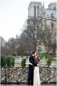 Intimate wedding in city of love | Images © WeddingLight